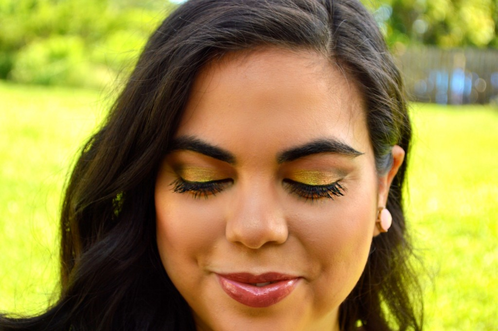 Old Gold Makeup Look