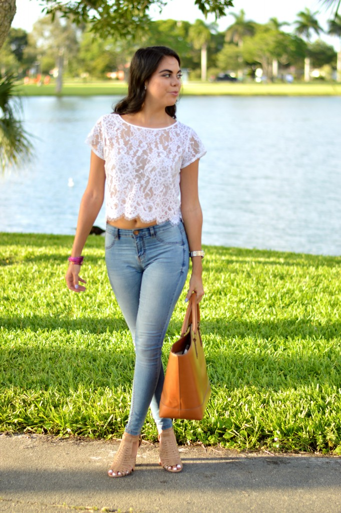 Lace & Skinny Jeans - Let's Fall in Love Blog